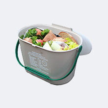 Food scraps in kitchen pail